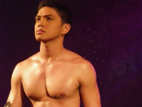 Ward Mendiola via Pinoy Hunkys