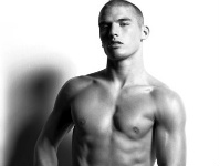 Kerry Degman by Arnaldo Anaya Lucca via We Love Guys