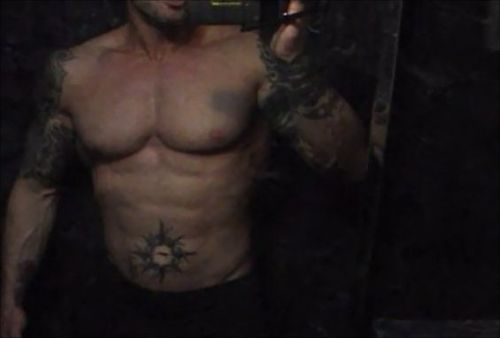 Tattooed Model John Quinlan April 2013 Abs