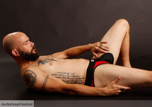 Sukrew-red-and-black-collection-7